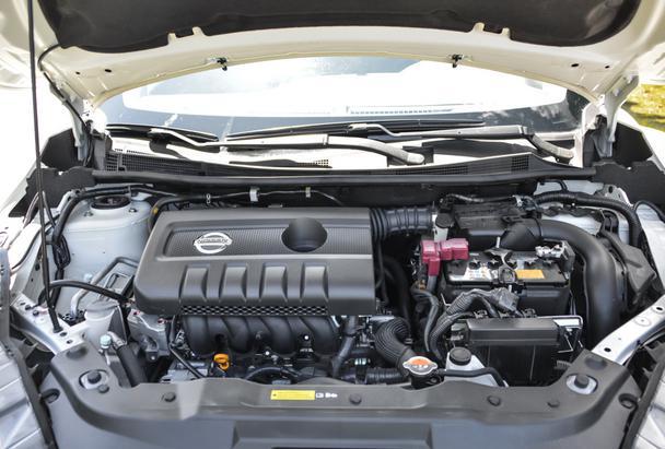 【编者按】东风日产LANNIA蓝鸟(下文简称为蓝鸟)于2015年10月26日正式上市销售,新车采用了日产最新的家族式设计风格,搭载了1.6L发动机,共推出5款车型,售价区间为10.59-14.39万元。极具个性的外观让这款车针对年轻消费者的市场定位相当清晰,年轻化和运动化便成为蓝鸟的主脉络。上市后,蓝鸟将与昂科塞拉、雷凌、新福克斯、新英朗以及思域等众多家用紧凑级车型同市竞争,近日,爱卡汽车网凭借区域优势,率先对蓝鸟进行到店调查,让大家能够抢先了解它的到店情况,希望对您购车有所帮助。